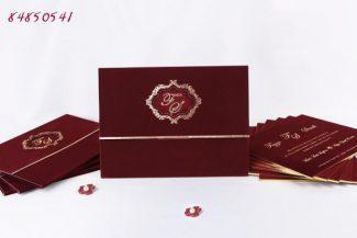 kadife kaplamalı düğün davetiyesi modeli