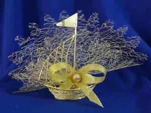 Altın yelkenli nikah şekeri