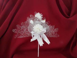 Beyaz çiçekli nikah şekeri modeli