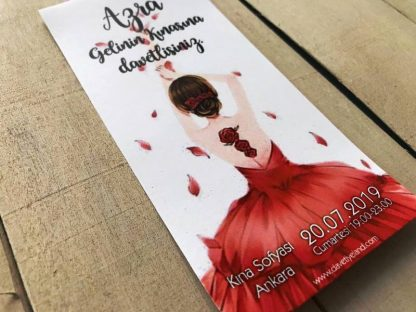 Dik Kırmızı Elbiseli Kına Kartı